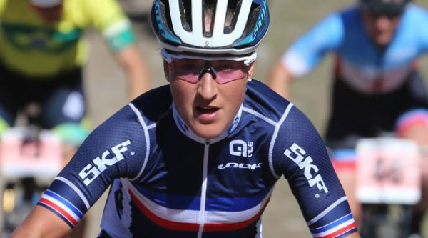 Julie Bresset pasa al BMC MTB Racing Team y regresa Lukas Fluckiger