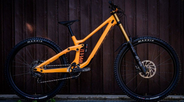 Llega la Scott Gambler 2020, la super-light del DH