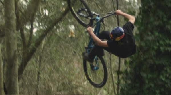 Vídeo Red Bull Introduces Anthony Messere