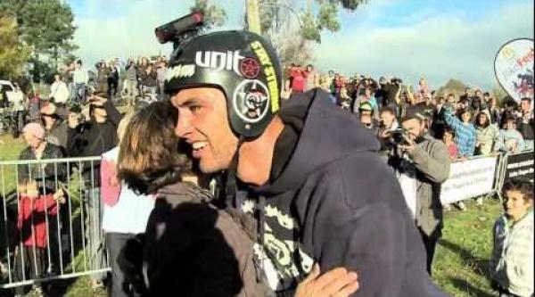 Vídeo Jed Mildon triple backflip