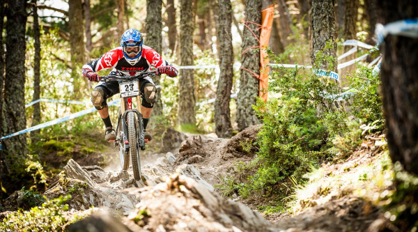 Noticia ciclismo MTB/BTT: Neko Mulally a Scott-Gstaad