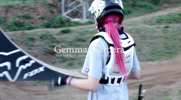 Vídeo: los backflips también son cosas de chicas