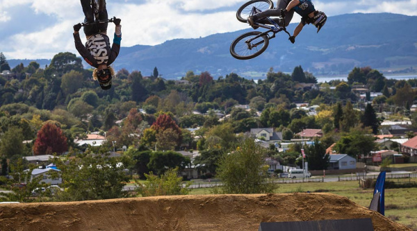 Noticia ciclismo MTB/BTT: Crankworx Rotorua: lo mejor del Mons Royale Dual Speed and Style