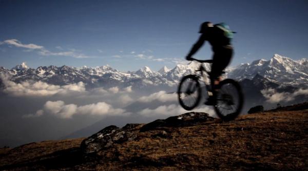 Huyendo de la civilización y disfrutando del MTB en Nepal