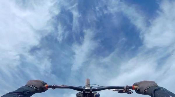 El primer doble backflip de la historia del Red Bull Rampage