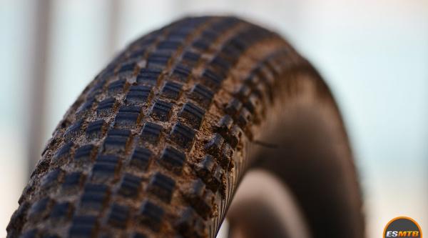 Neumático MSC Roller