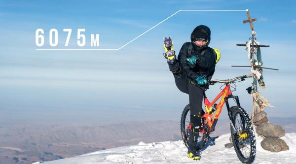 Rodando a 6.000 metros de altura con Kilian Bron