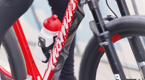 La tira en la bici de Alessandra Keller