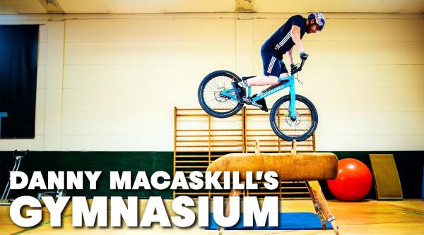 [Vídeo] Otra locura de Danny MacAskill: Gymnasium