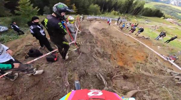 [Vídeo] On-board en el circuito del Mundial de DH con Greg Minnaar