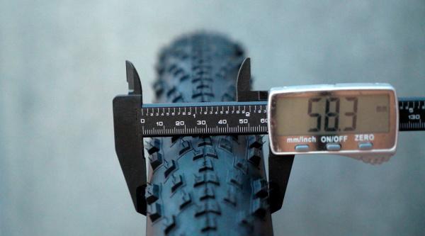 Neumáticos de MTB de 2,4″