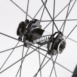 sram_rise40_26in_hub_my12_md