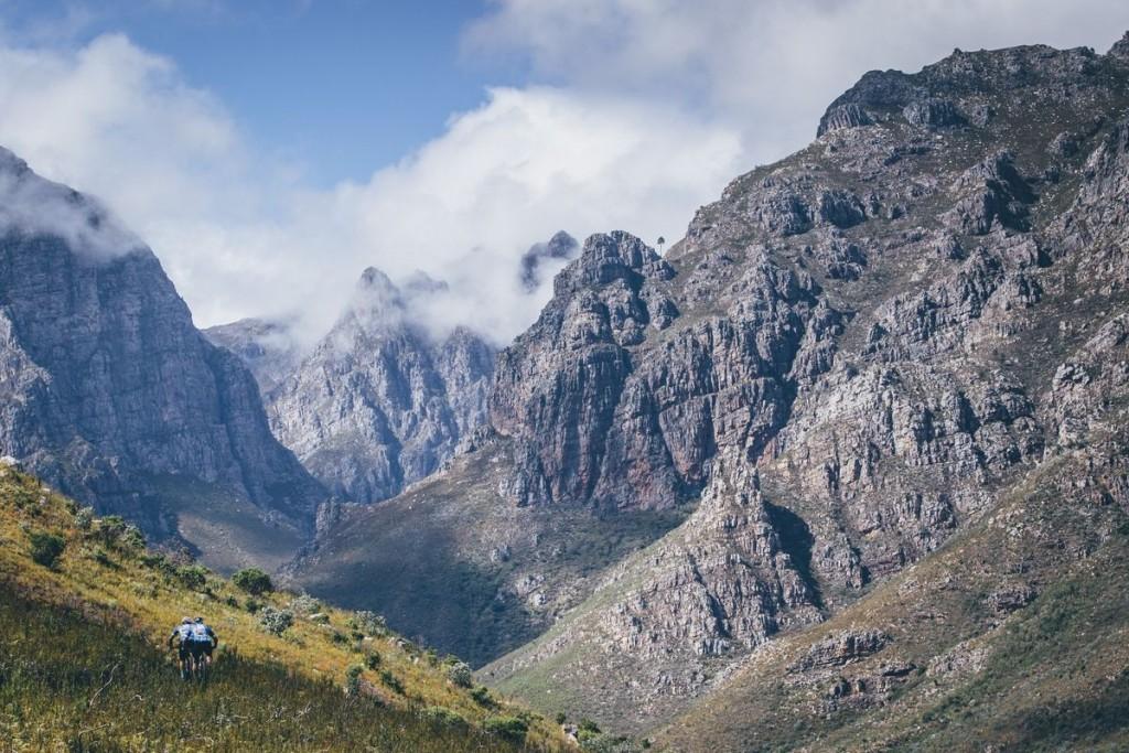 El penúltimo día de carrera ha llevado a los bikers de Boschendal a Stellenbosch, el paraíso de los senderos de esta zona de Sudáfrica. Foto Ewald Sadie/Cape Epic/SPORTZPICS