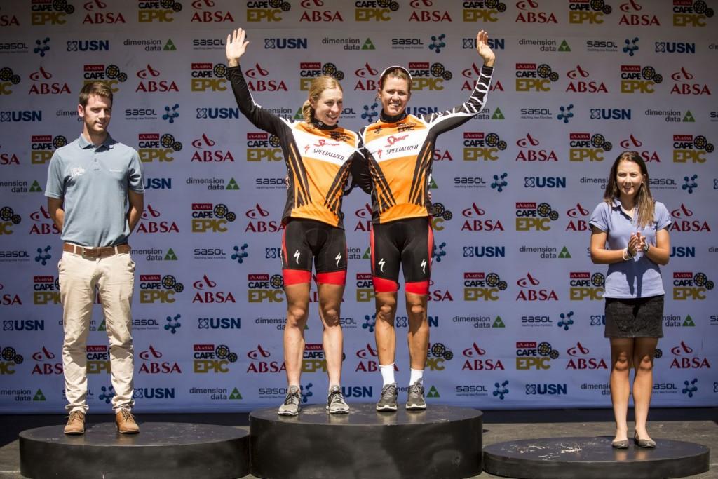 Así que Langvad y Kleinhans tienen el camino libre para lograr una nueva Absa Cape Epic. La pareja femenina más mítica y exitosa de la historia. Foto Sam Clark/Cape Epic/SPORTZPICS