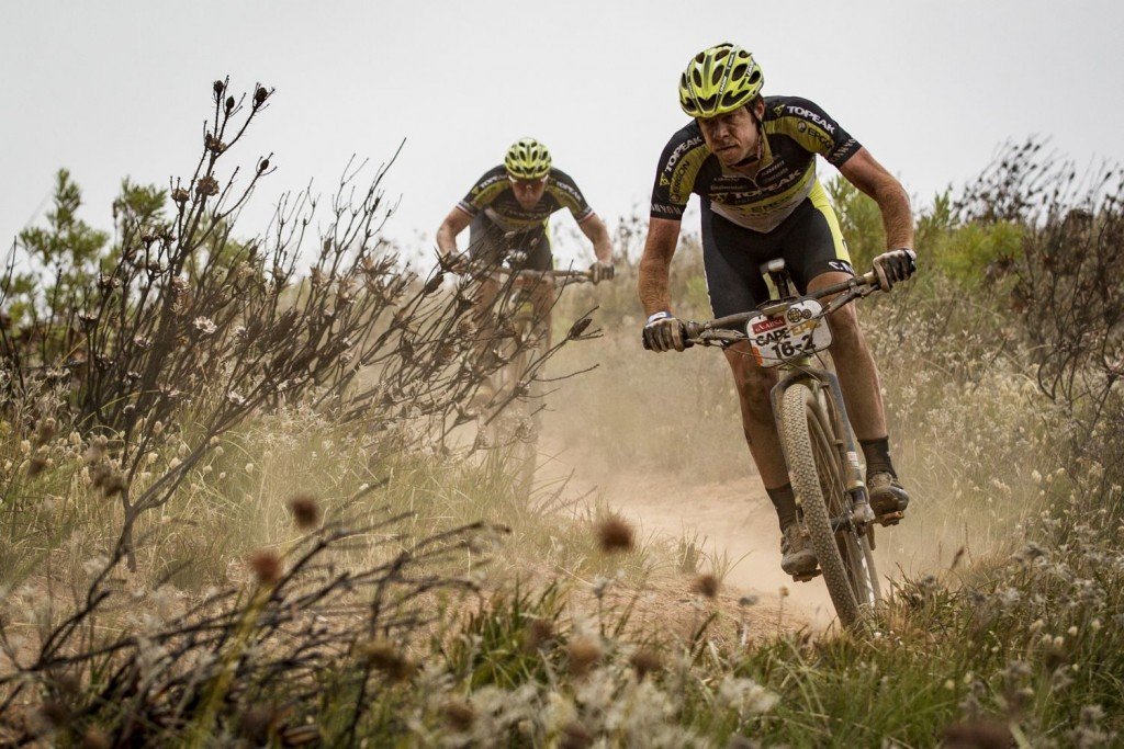 Este año los equipos B se están convirtiendo en los equipos A. Les pasó al Centurion-Vaude, y ahora al Team Topeak. Foto Nick Muzik/Cape Epic/SPORTZPICS