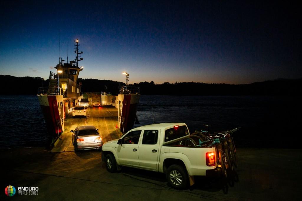 El ferry es uno de los medios de transporte para esta cita. Foto Duncan Philpott