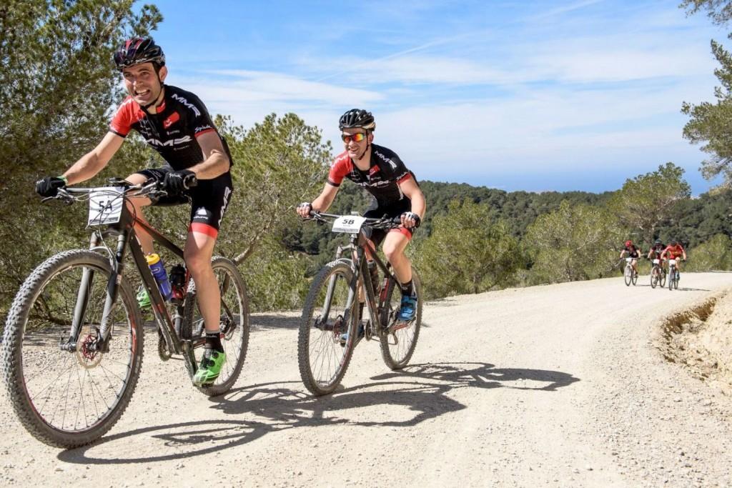 Larrinaga, un crack del ciclocross que es un habitual de la carrera. Foto Jon Izeta