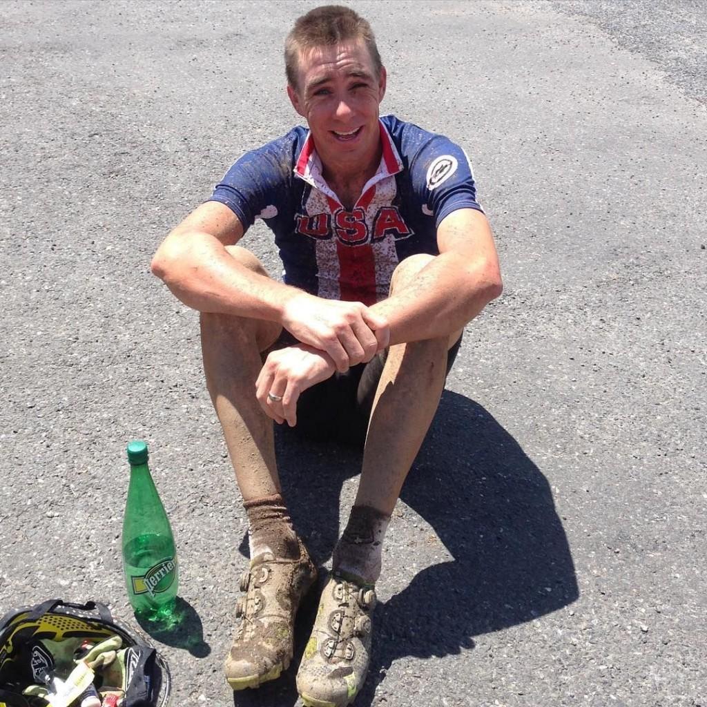 Todd Wells, 41 años, y su primera (y según él) última participación en un mundial de XCM.