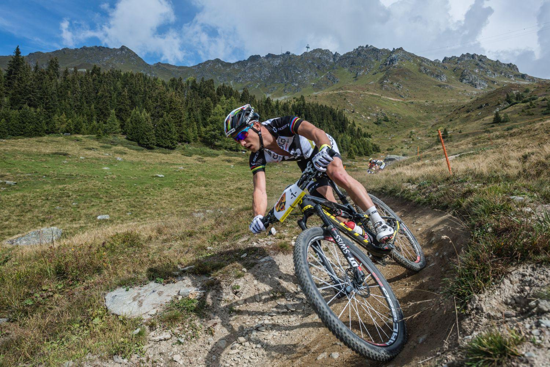 Nino Schurter intentará ganar su primera carrera por etapas UCI