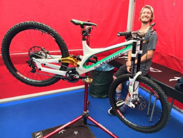 Specialized S-Works Demo Carbon de Troy Brosnan