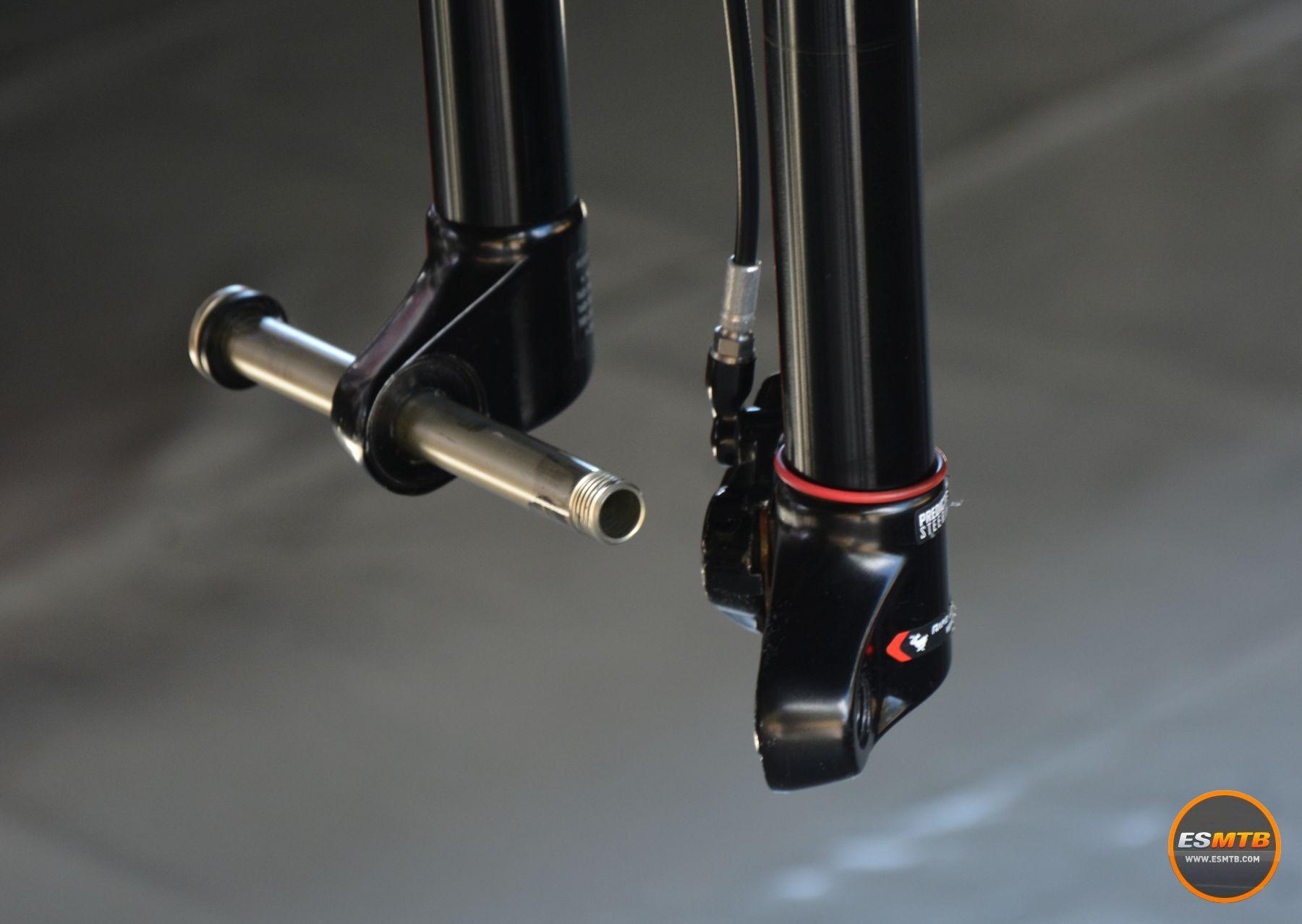 RockShox RS1 y sus barras móviles