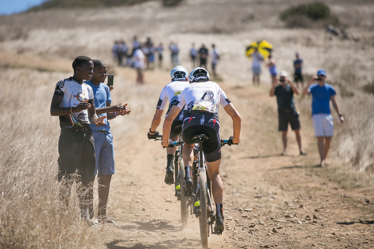 Sauser y Kulhavu han sido 4º. Foto Mark Sampson/Cape Epic/SPORTZPICS