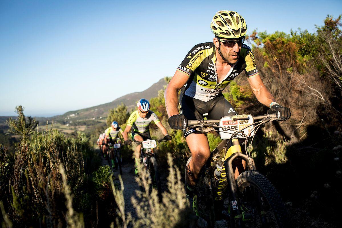 Alban Lakata en la Cape Epic. Foto Nick Muzik/Cape Epic