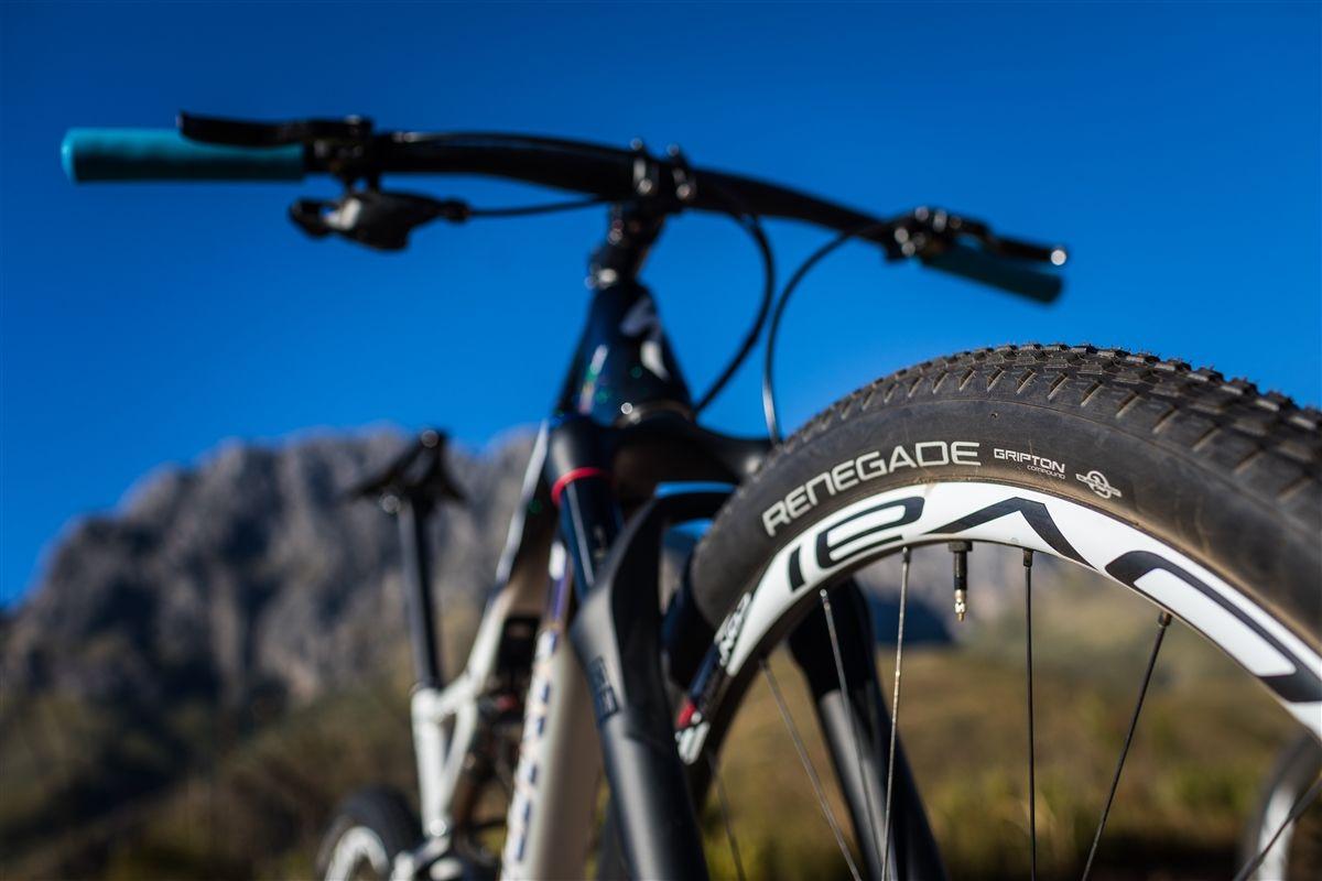 Las ruedas Roval SL, uno de los puntos que más va a sufrir en esta carrera