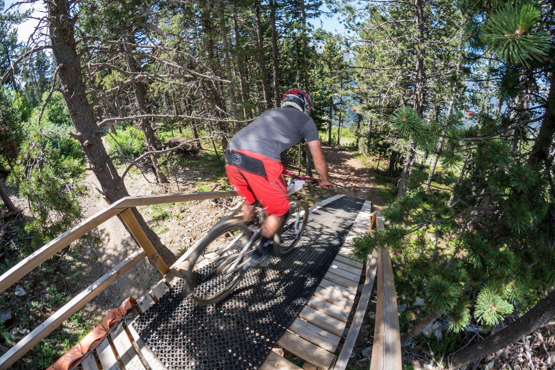 La prueba es un escaparate perfecto de todo lo que el bike-park de Vallnord puede ofrecer