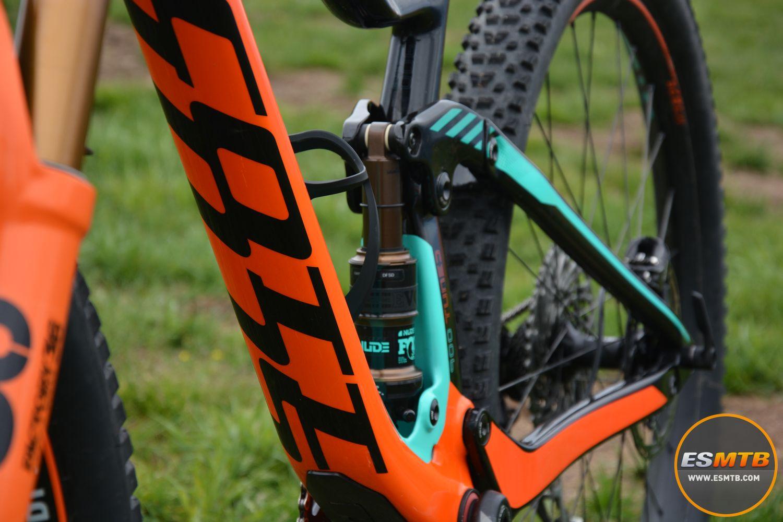 El diseño de la Scott Genius 900 Tuned es un punto fuerte. Que una bicicleta sea bonita es todo un factor de venta.