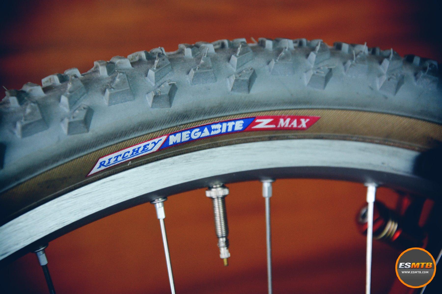 Si eras biker en los 90 es raro que no hayas llevado unos neumáticos Ritchey Z-Max en algún momento