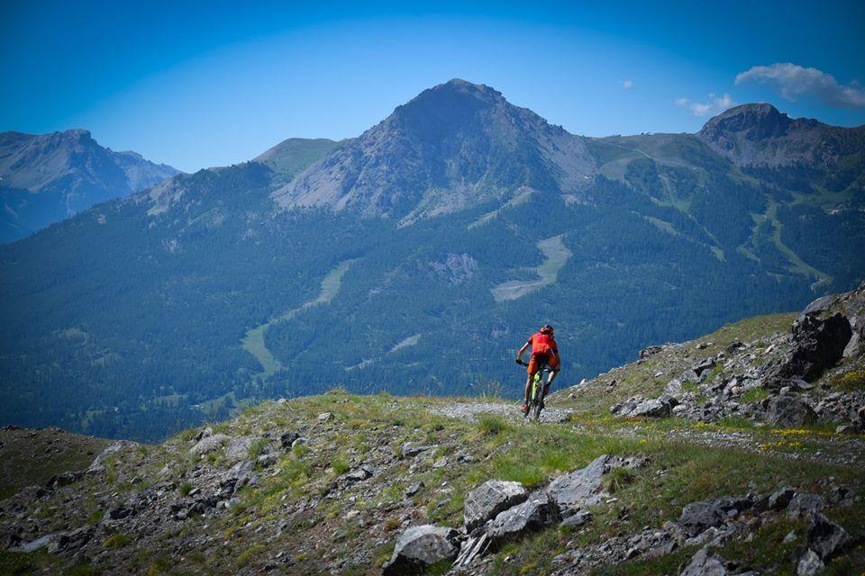 Ascensiones y bajadas interminables. MTB de alta montaña