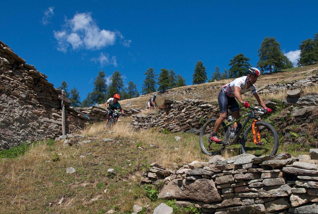 El Ironbike ha formado una pequeña comunidad de bikers nacionales que repiten año tras año en la carrera. Joan Pons y Albert Roca son dos de los más fieles.