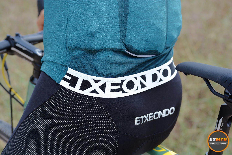 Culote Etxeondo Rali y maillot Etxeondo Lurra