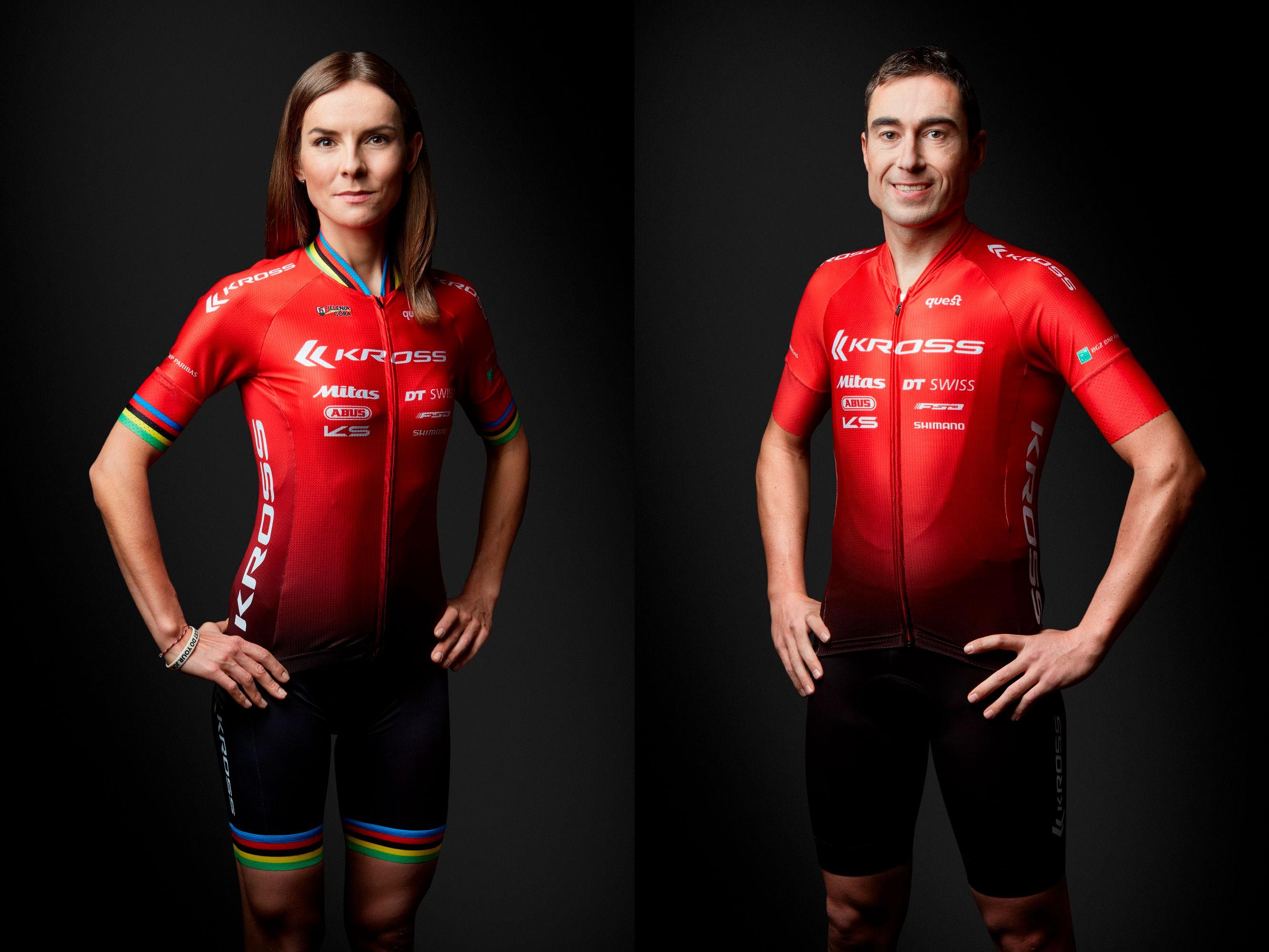 Maja Włoszczowska y Sergio Mantecón con sus nuevos colores