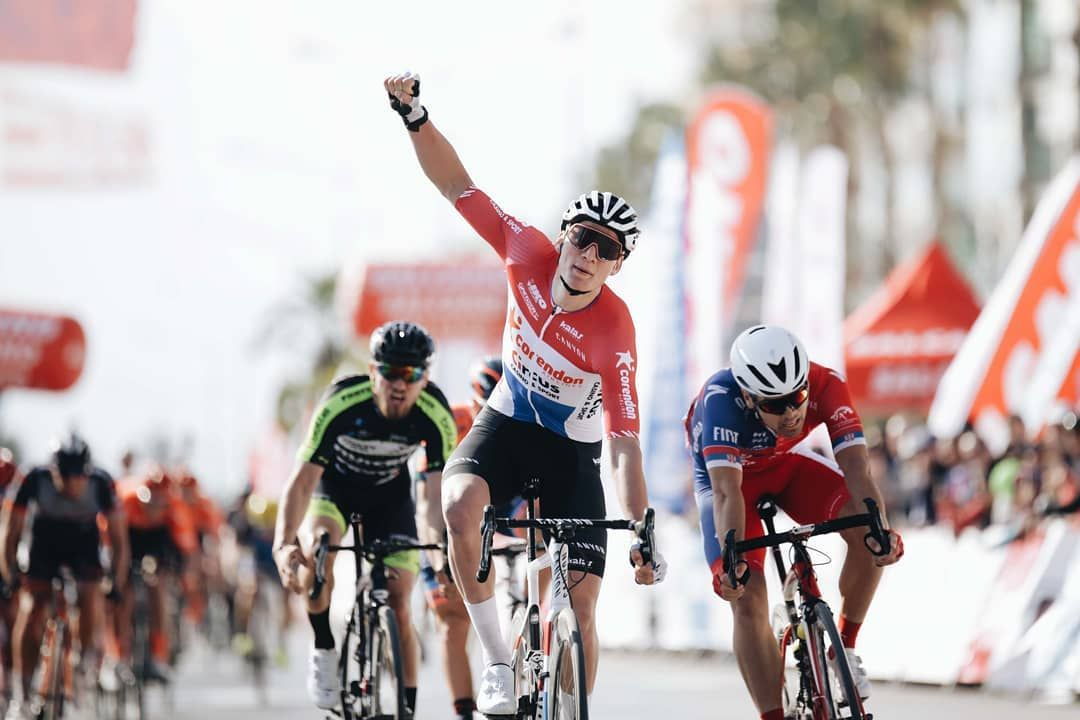 Mathieu van der Poel ganando la etapa