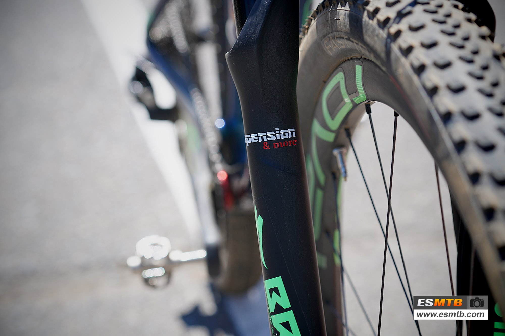 Specialized S-Works Epic de Laura Stigger