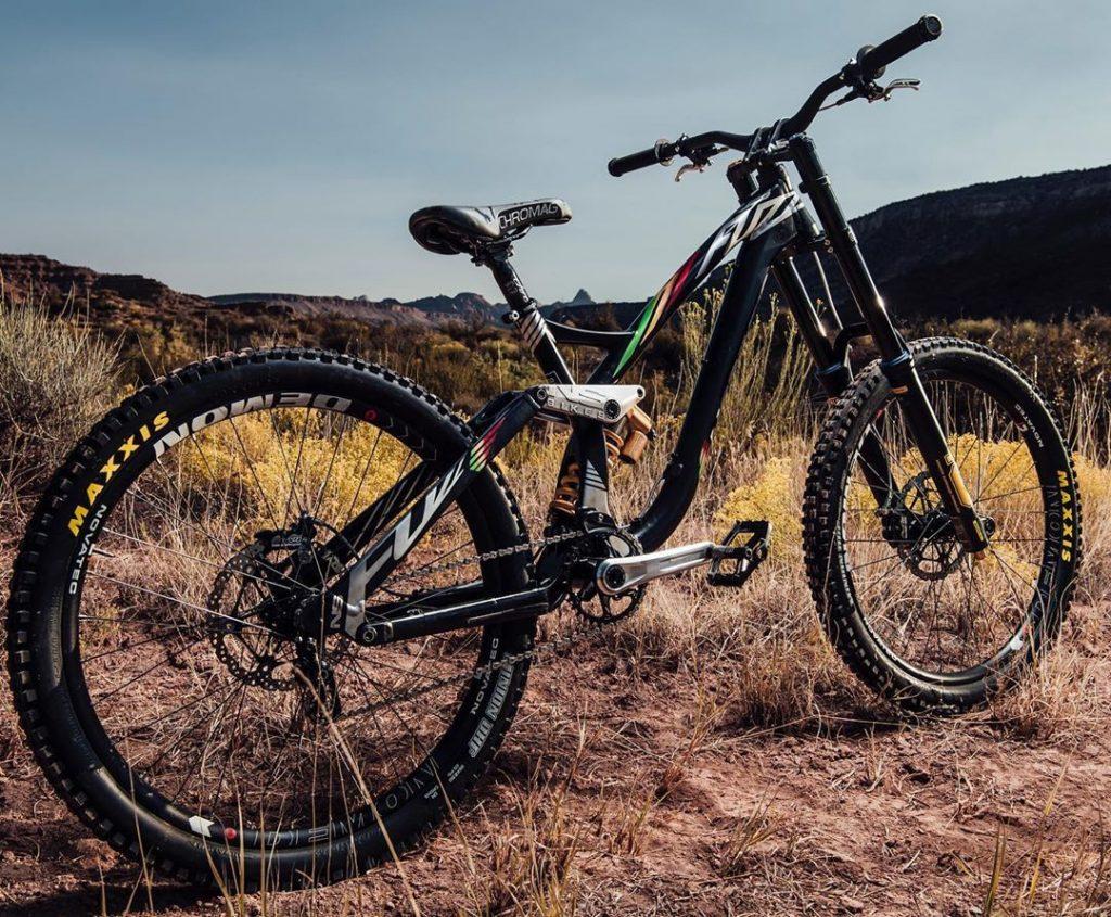 NS Bikes de Szymon Godziek
