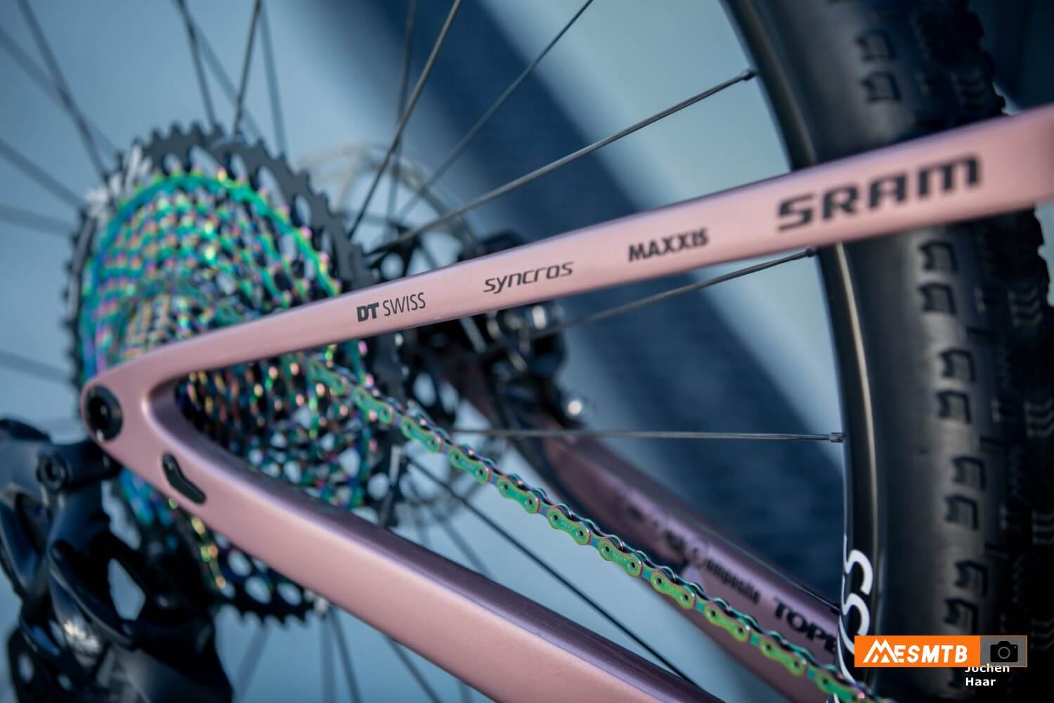 Scott Spark RC Oyster Pink de Kate Courtney